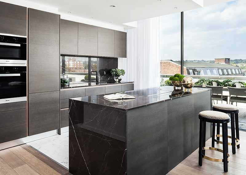 Carrara Marble in prestigious residential development