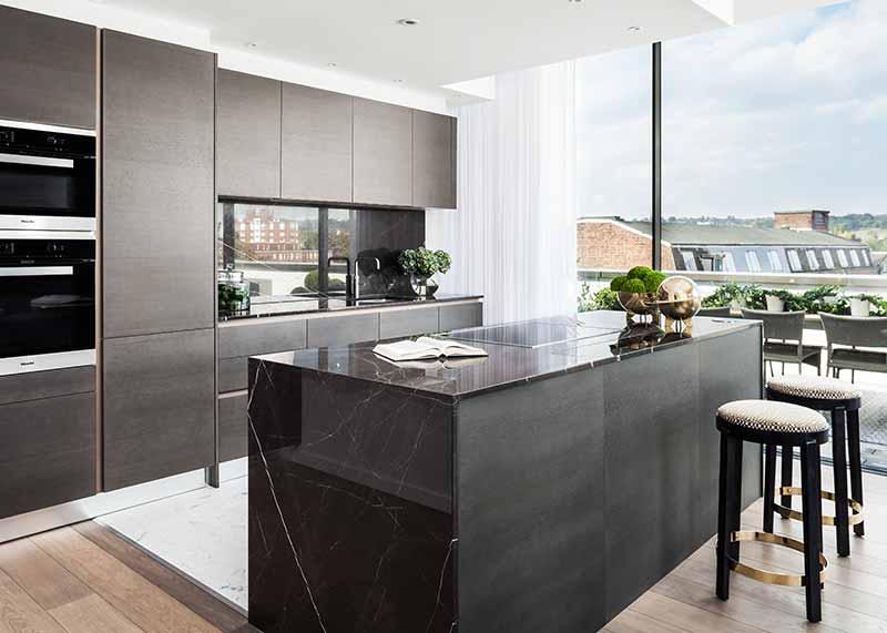 Carrara Marble in prestigious residential development