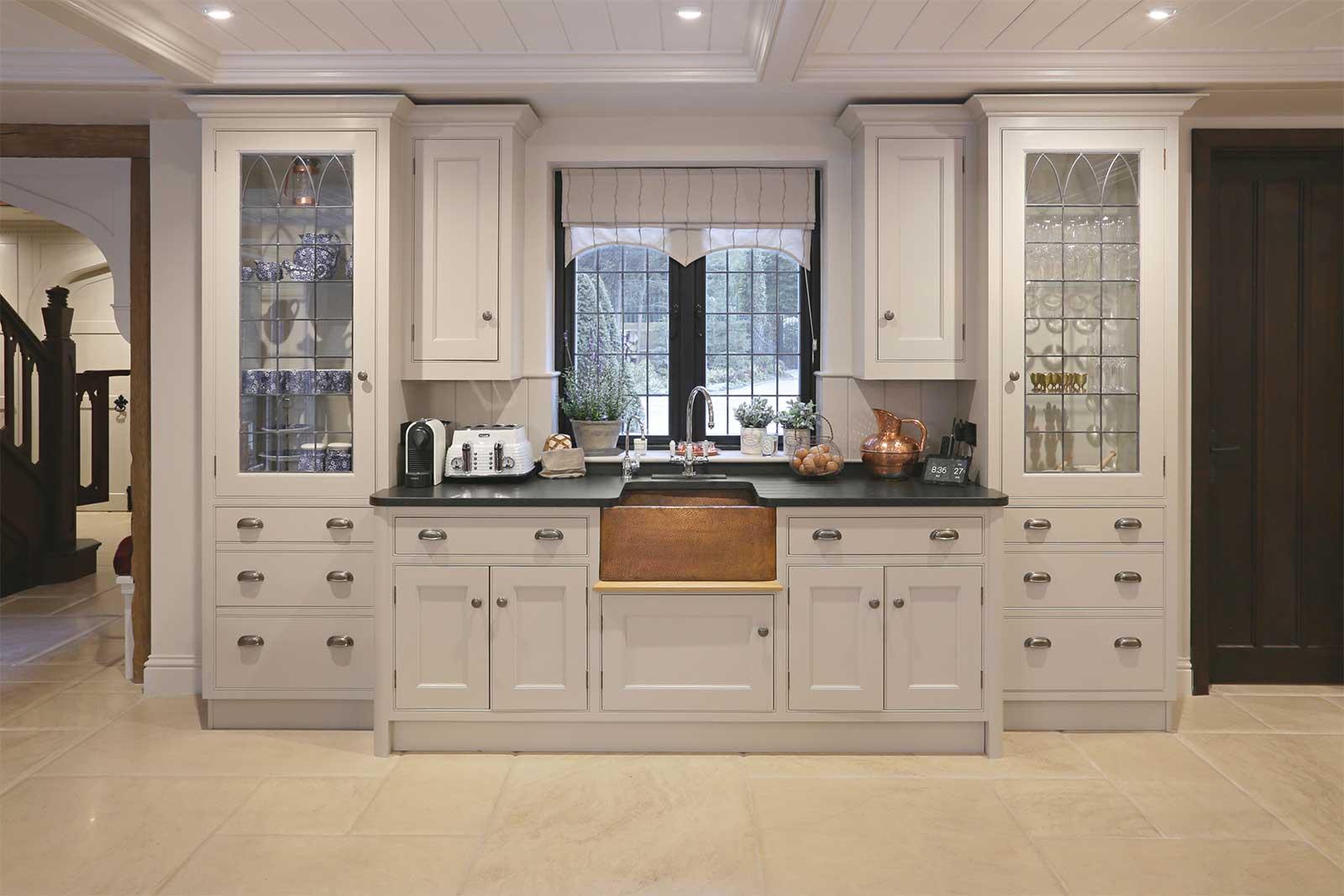 Crème Tumbled Limestone floor tiles